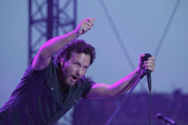 Pearl Jam @ Wrigley Field, Chicago 7/17/13