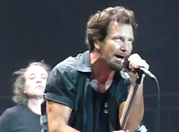 Pearl Jam Live At Budweiser Gardens, London, Ontario