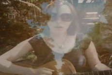 "Laura Veirs - ""Sun Song"" video"