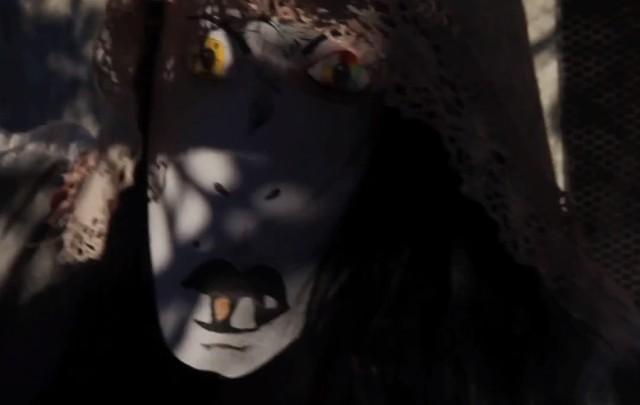 "CocoRosie - ""Gravediggress"" video"