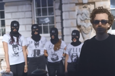 "Fryars- ""Cool Like Me (Mike Skinner Remix)"" Video"