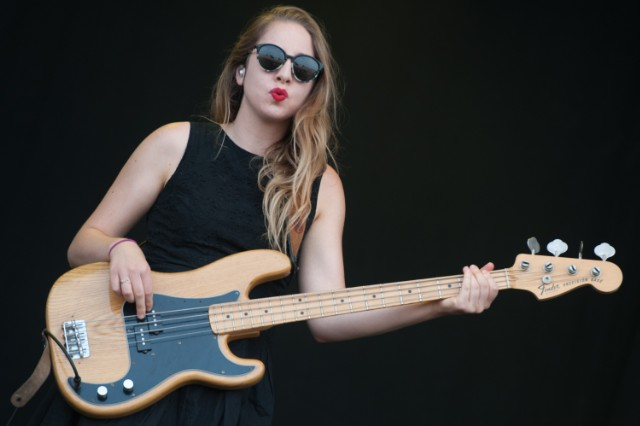 Este Haim @ T In The Park 2013