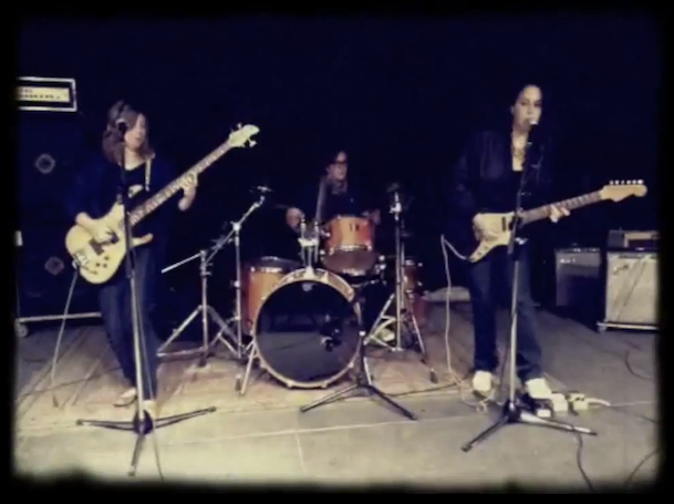 "Luscious Jackson - ""Show Us What You Got"" Video"