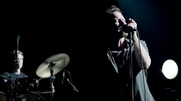 """Pearl Jam - """"Sirens"""" Video"""