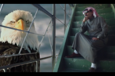 Omar Souleyman Warni Warni video still