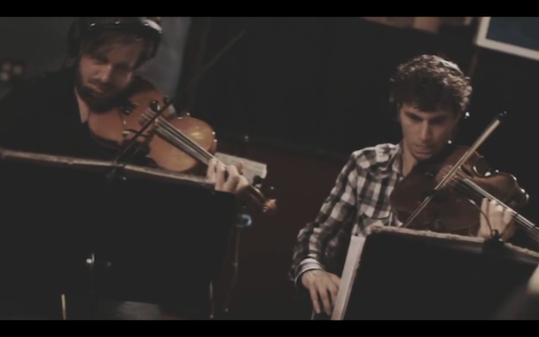 "Watch The Dodos Play ""Substance"" With Magik Magik Orchestra"