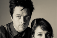 "Q&A: Billie Joe Armstrong & Norah Jones Unveil Duets LP + Hear ""Long Time Gone"""