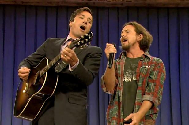 Eddie Vedder & Jimmy Fallon 2011