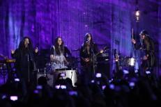 HAIM & Lorde Play VH1's