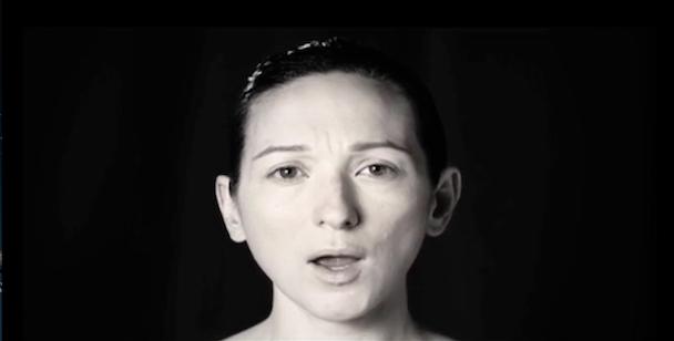 """Shara Worden, Owen Pallett, Bryce Dessner, & Nico Muhly – """"Pain Changes"""" Video (Stereogum Premiere)"""