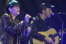 Watch Lily Allen Perform With Chris Martin At Under 1 Roof Benefit