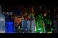 """The Killers – """"Christmas In L.A."""" Video (Feat. Owen Wilson)"""