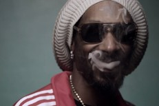 "Snoop Lion - ""Smoke The Weed"" video"