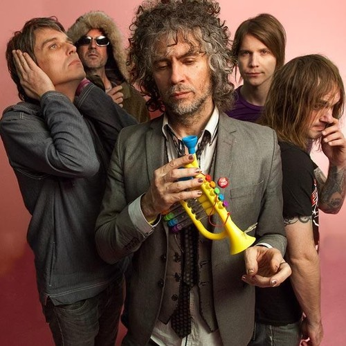 "The Flaming Lips – ""Lucy In The Sky With Diamonds"" (Beatles Cover)"