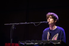 "James Blake – ""40455"" + Beyoncé & Mystikal Remixes"