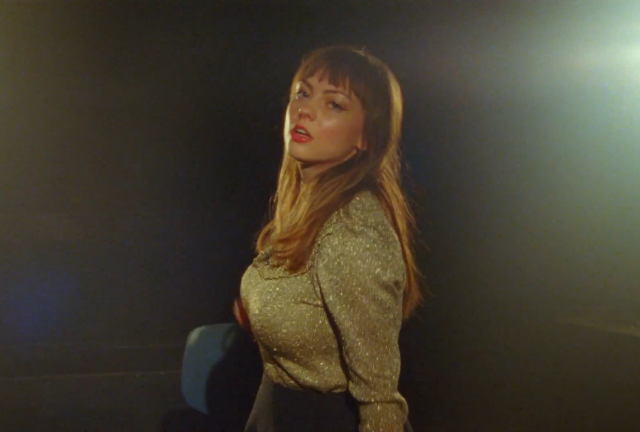 "Angel Olsen - ""Hi-Five"" Video"