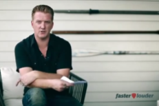 "Josh Homme Talks Kyuss Lawsuit, Explains Grammys Diss: ""I Was Really Drunk"""