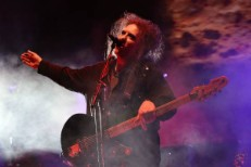 "Watch The Cure Play ""2 Late"" Live For The First Time At Teenage Cancer Trust"