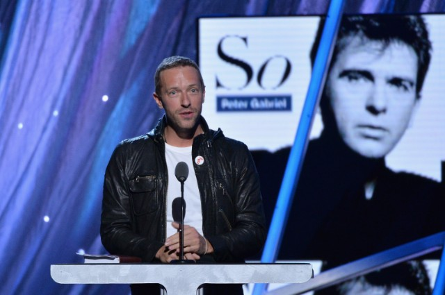 Chris Martin Inducts Peter Gabriel
