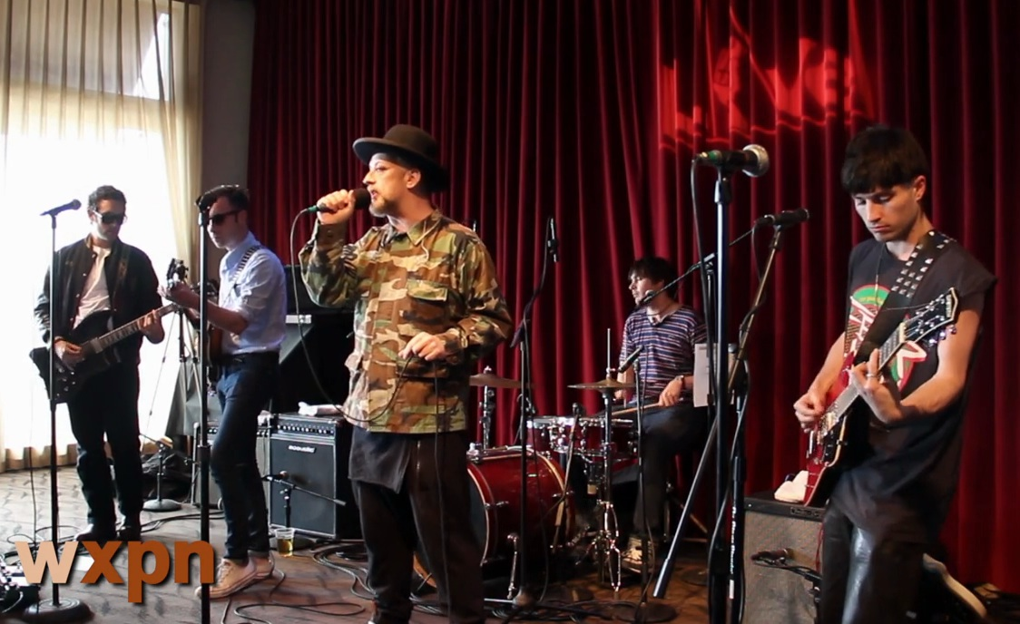 "Watch Boy George & Black Lips Cover T. Rex's ""Bang A Gong (Get It On)"""