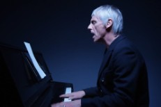 "Paul Weller - ""Brand New Toy"" video"