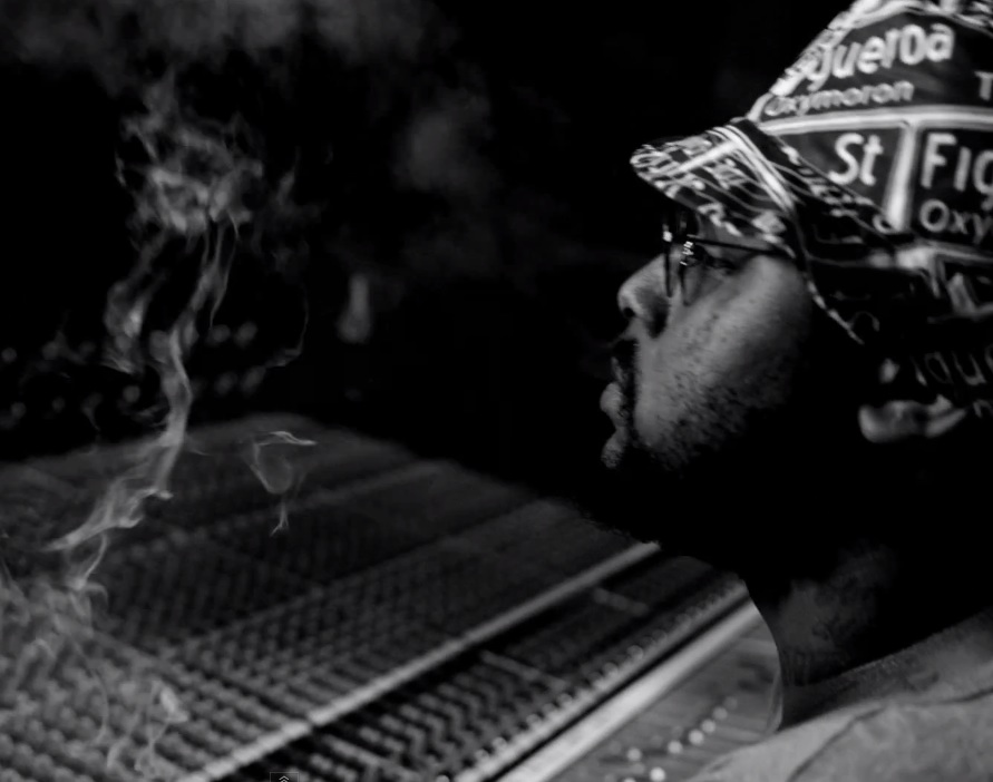 "SchoolBoy Q – ""Studio"" (Feat. BJ The Chicago Kid) Video (NSFW)"
