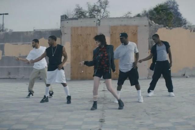 """Sky Ferreira - """"I Blame Myself"""" video"""