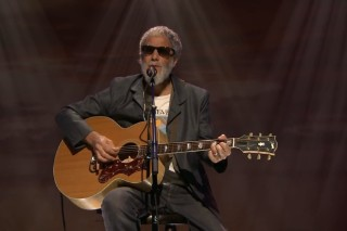 Watch Yusuf Islam (Cat Stevens) Play <em>Fallon</em> With The Roots