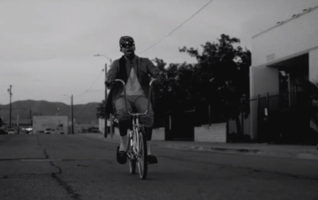 "2 Chainz – ""Trap Back"" Video"