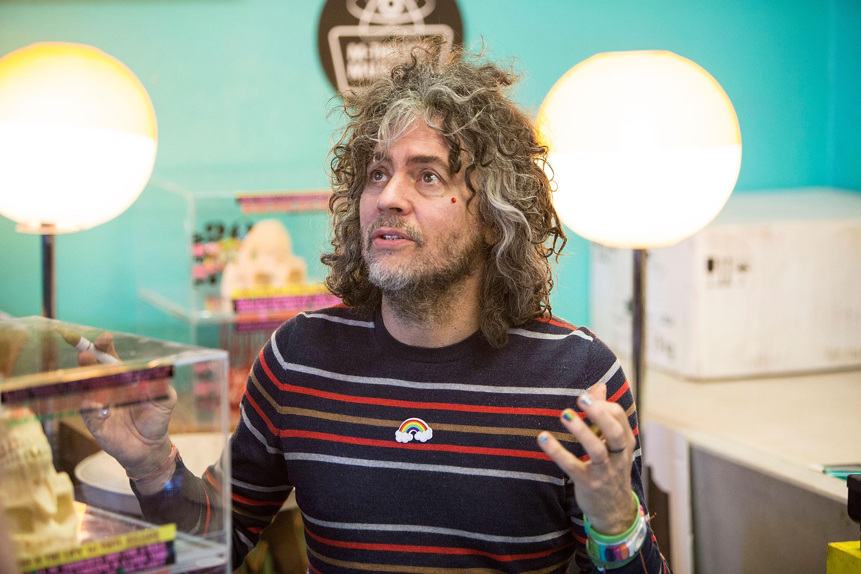 Wayne Coyne Calls Kliph Scurlock An Asshole And A Hater, Apologizes To Native Americans In First Interview Since Headdress-Gate