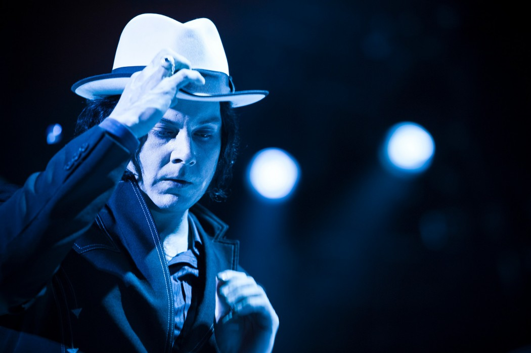 "Jack White Calls Black Keys ""Watered-Down"" White Stripes, Later Apologizes"