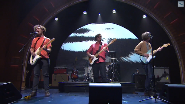 Watch Parquet Courts And Fred Armisen Debut &#8220;Black And White&#8221; On <em>Seth Meyers</em>