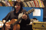 """Watch Kim & Kelley Deal Play """"Cannonball"""" & """"Gigantic"""" At Reckless Records"""