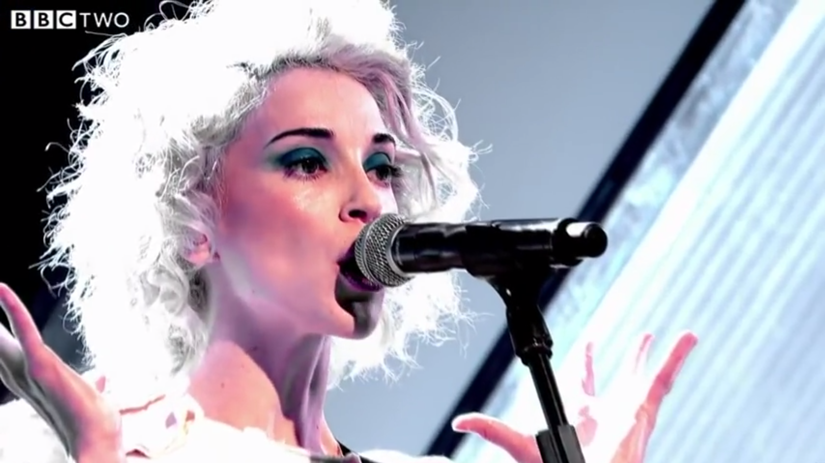 Watch St. Vincent Play <em>Jools Holland</em>