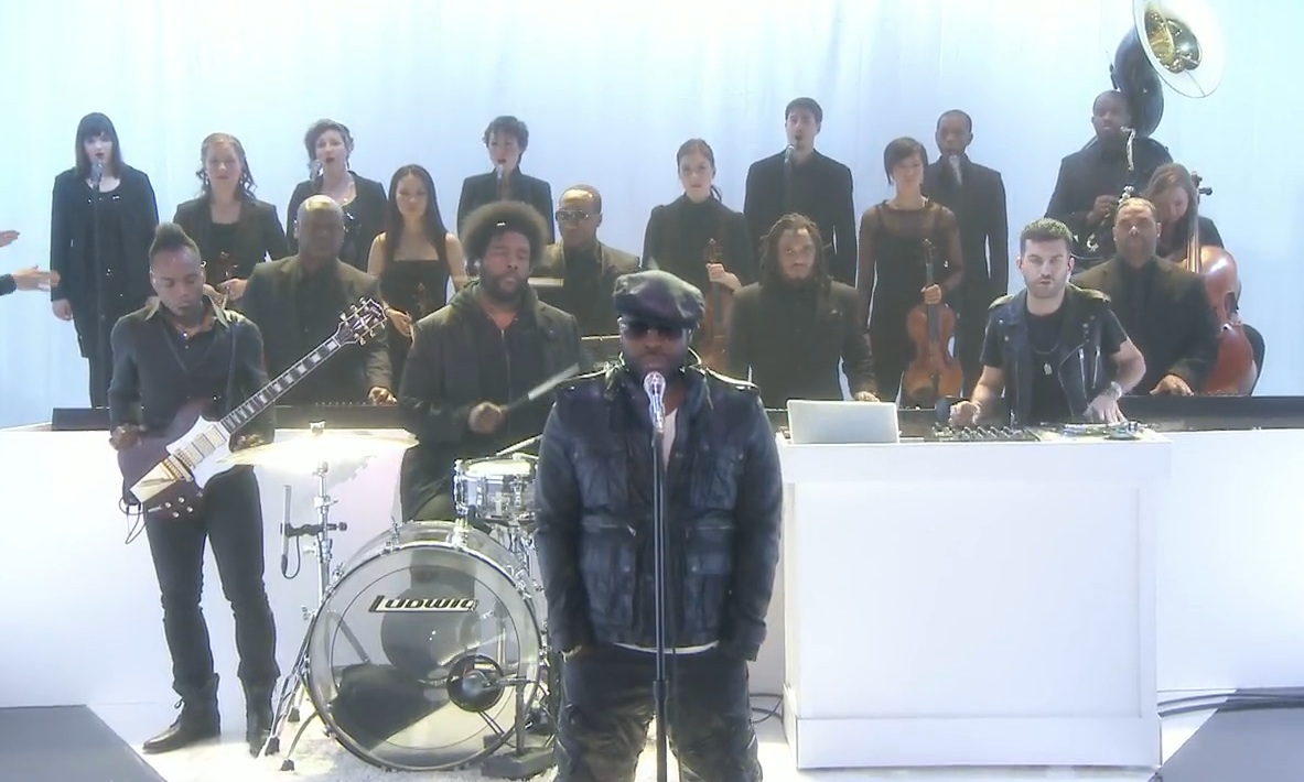Watch The Roots Perform &#8220;Never&#8221; With A-Trak On <em>The Tonight Show</em>