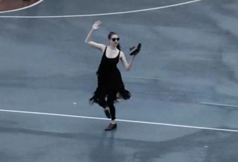 """Watch Lily McMenamy Dance Around Manhattan To Walter Martin & Matt Berninger's """"We Like The Zoo"""""""