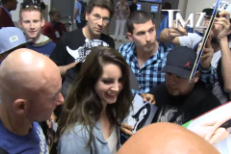 Lana Del Rey Says She Played Kanye's Wedding For Free, Signs Autographs For Sad Grown Men