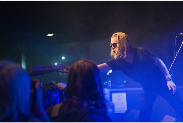 Macaulay Culkin's Pizza Underground Doused In Beer, Booed Offstage At Dot To Dot Fest