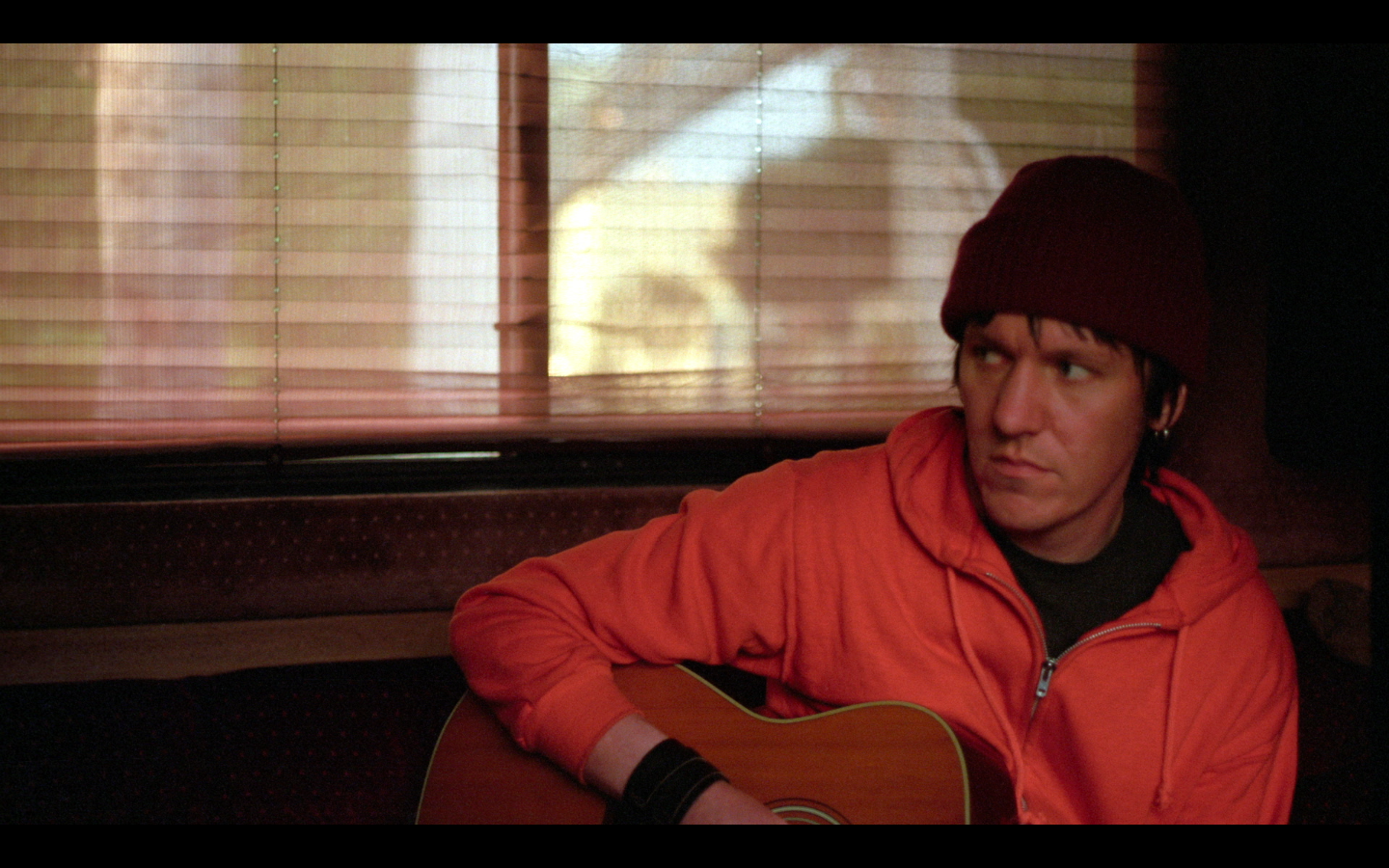 Watch The First Few Minutes Of Elliott Smith Documentary