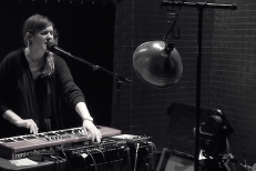 "Watch Julianna Barwick Perform ""The Harbinger"" At The Andy Warhol Museum (Stereogum Premiere)"