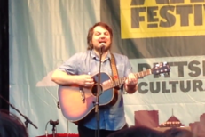 "Watch Tweedy Play New Song ""Low Key"" At Three Rivers Arts Fest"