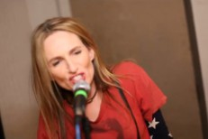 "Veruca Salt - ""It's Holy"" video"