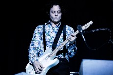 Jack White Annoyed By Apathetic Hometown Crowd At Detroit's Plush Fox Theatre