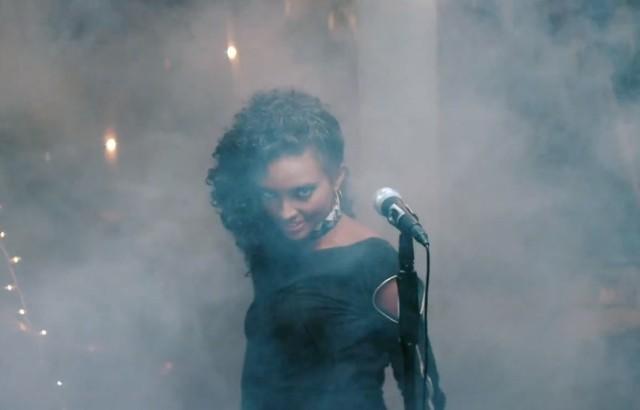"Little Dragon - ""Pretty Girls"" video"