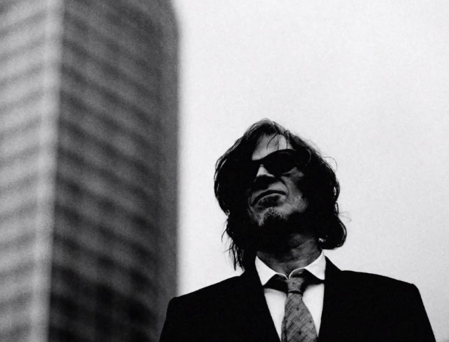 "Mark Lanegan - ""Sad Lover"" video"