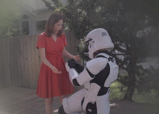 "Neko Case and Kelly Hogan - ""These Aren't The Droids"" video"