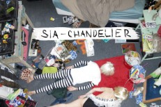 "Sia – ""Chandelier (Blood Orange Remix)"""