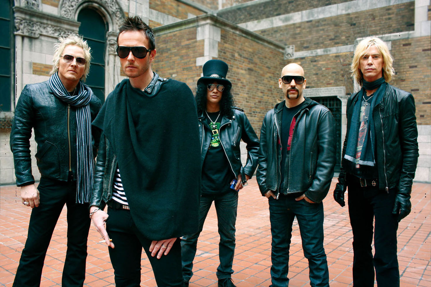 Weiland Enumerates How The Rest Of Velvet Revolver Doesn't Need Reunion Money As Much As Him