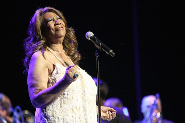 Aretha Franklin Has Beef With Johnny Rockets Over Takeout Hamburger Incident