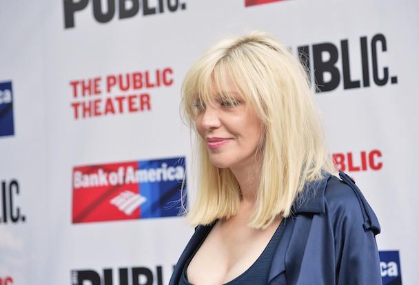 Courtney Love Calls Off Hole Reunion